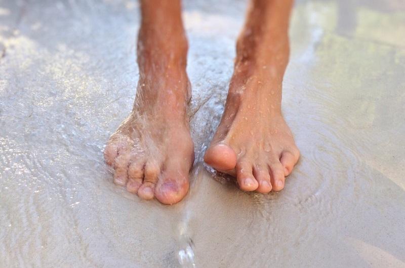 Comment assurer une bonne hygiène des pieds ?
